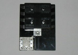 8 Fuse Panel WITH Grounds - uses ATO/ATC Fuses