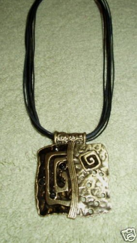 PEWTER AND ENAMEL BLACK AND GOLD PENDANT NECKLACE