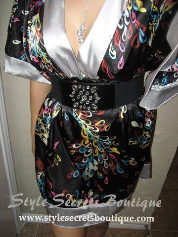 Size M: ORIENTAL SATIN FLORAL ABSTRACT ART KIMONO TUNIC DRESS