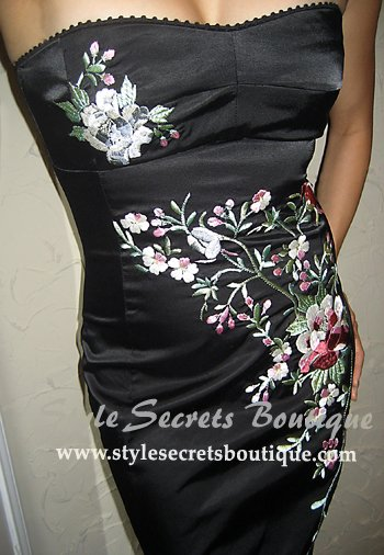 Size S: SATIN SWEETHEART FLORAL PENCIL VICTORIAN COCKTAIL DRESS