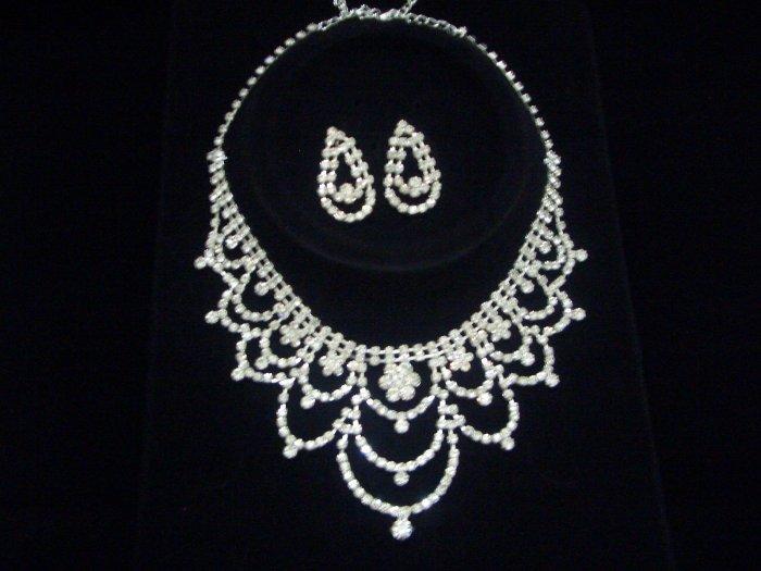 Bridal Swarovski Crystal Necklace Earrings set N01