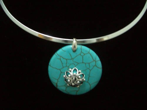 Round Turquoise Pendant Tibet Silver Necklace TN05