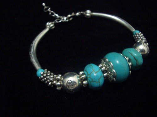 Round Turquoise Beads Tibet Silver Cham Bracelet TB09
