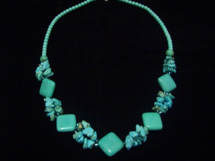 """New Square Howlite Turquoise Beads Necklace 19"""" TN13"""