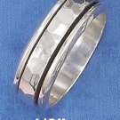 STERLING SILVER HIGH POLISH 9MM WIDE MENS SPINNER RING WITH HAMMERED MIDDLE.