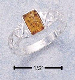 STERLING SILVER LADIES RECTANGULAR HONEY AMBER RING W/ CELTIC WEAVE BAND.