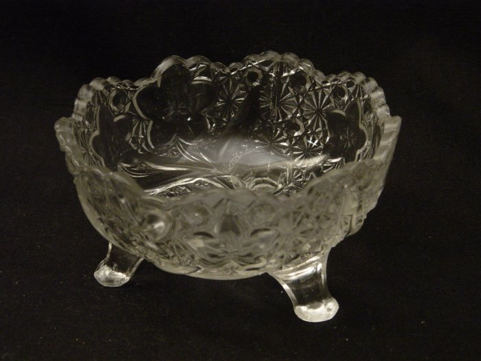 EAPG Indiana Glass 1910 Daisy and Button with Narcissus 4 1/4 Inch Footed Sauce Dish