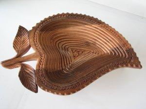 Leaf Shape Wooden Handcrafted Folding Collapsible Fruit Basket 15