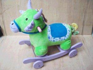 cock horse&green horse