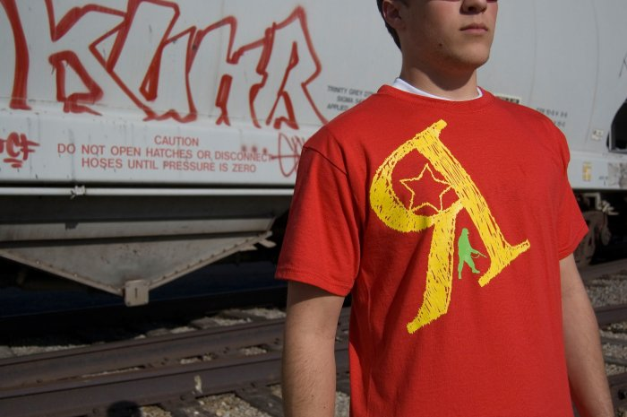 Army Man Tee Large (Red)