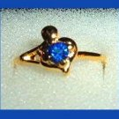 Gorgeous Round Blue SAPPHIRE CZ & Heart & Knob Gold Tone Ring