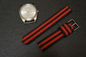 Black Red Stripe 18mm 2 Piece Military Watch Strap
