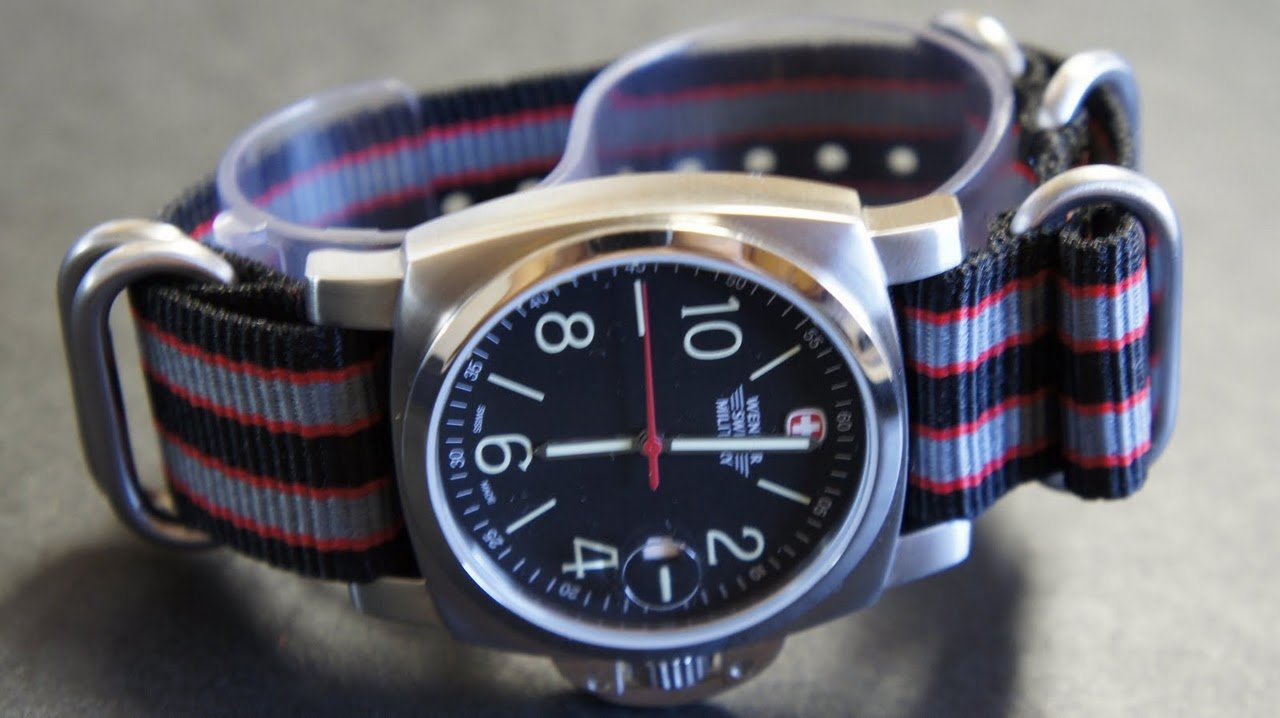 Black Red Gray 20mm 5 Ring Zulu Nylon Watch Strap Band