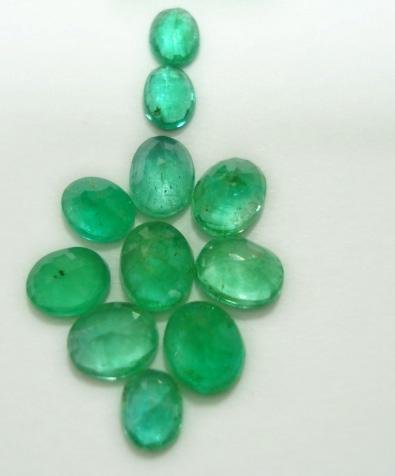 3.23ct stunning natural colombian emerald gemstone lots