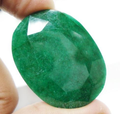 126.15cts Stunning Natural Brazilian Emerald Gemstone
