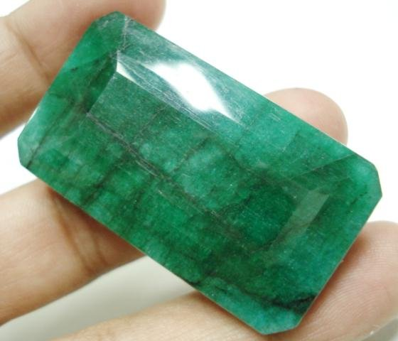 133.55cts Stunning Natural Brazilian Emerald Gemstone