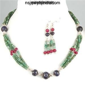 Handcrafted Natural Emerald Gemstone & Silver Necklace
