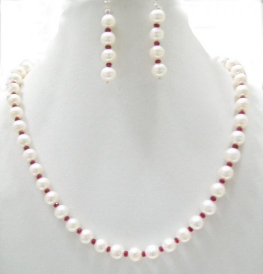 Single Strands Fresh Water pearl  Necklace with Ruby