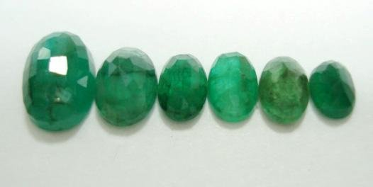 3.88ct stunning natural colombian emerald gemstone lots
