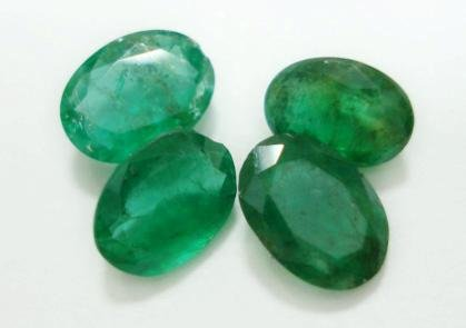 3.74ct Stunning Natural Colombian Emerald Gemstone Lots