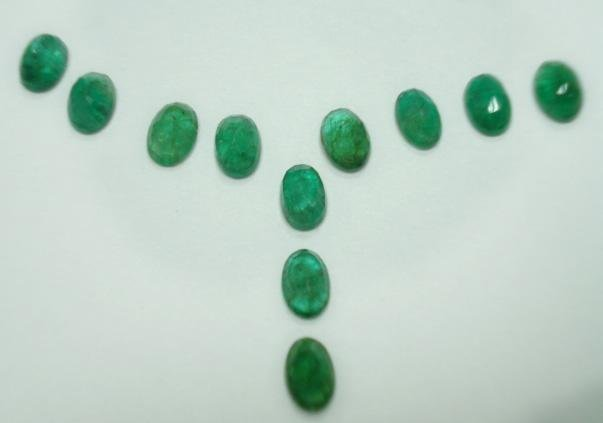 4.97ct stunning natural colombian emerald gemstone lots