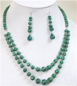 Natural emerald gemstone with silver beads Necklace
