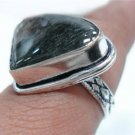5.34gms Handcrafted Labradorite gemstone Silver Ring