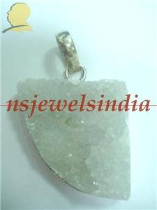 21.52gms Magnificent natural gemstone & silver pendant