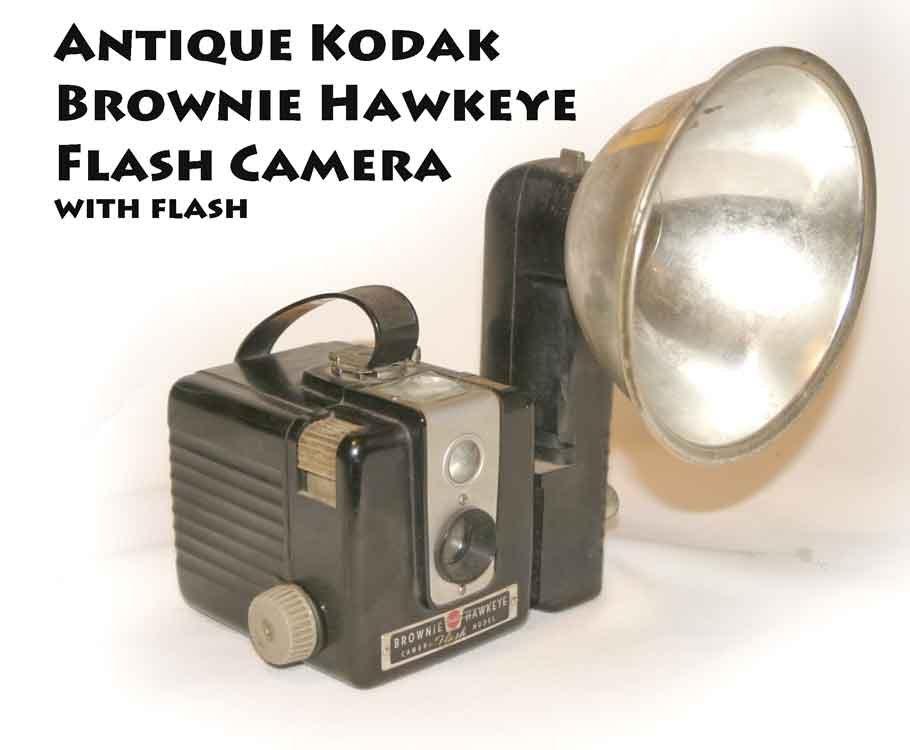 !SOLD! Antique Kodak Brownie Hawkeye Flash Camera