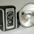 VINTAGE 1950s KODAK DUAFLEX II CAMERA WITH FLASH