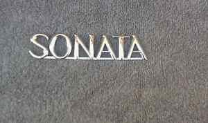OEM Hyundai Sonata Body/Dash Emblem