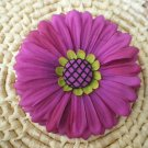Red-violet daisy w/ fish net button center
