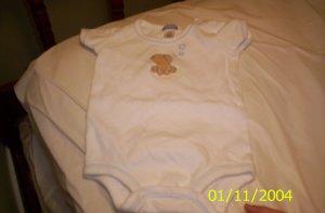 Carter's S(3M) 8-11lbs Bear Onesie