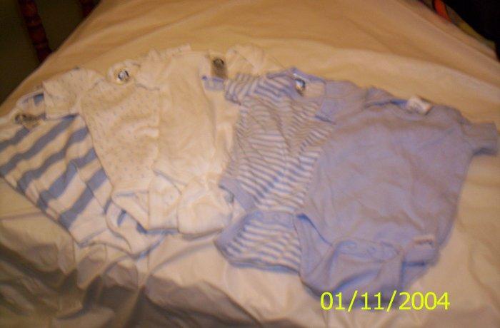 5 Gerber Onesies 0-3 months - 12lbs Blue
