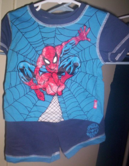 Marvel Spiderman 2 piece set Pajamas Blue Gently Worn 12 months