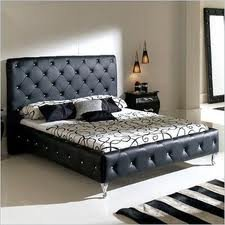 Modern Leather Nelly Platform Bed Queen Black