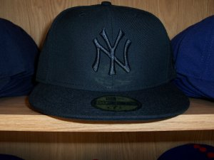 New York Yankees Black on Black Fitted