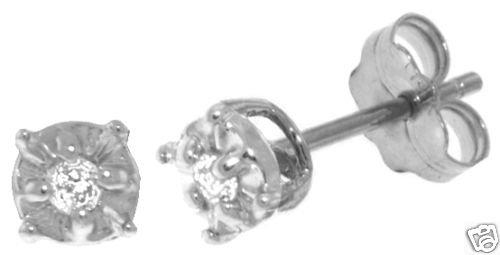 DD-3841W: 14K GOLD ILLUSION SET STUD EARRINGS W/NATURAL DIAMONDS