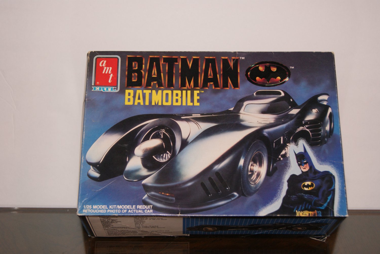 BATMAN Batmobile box