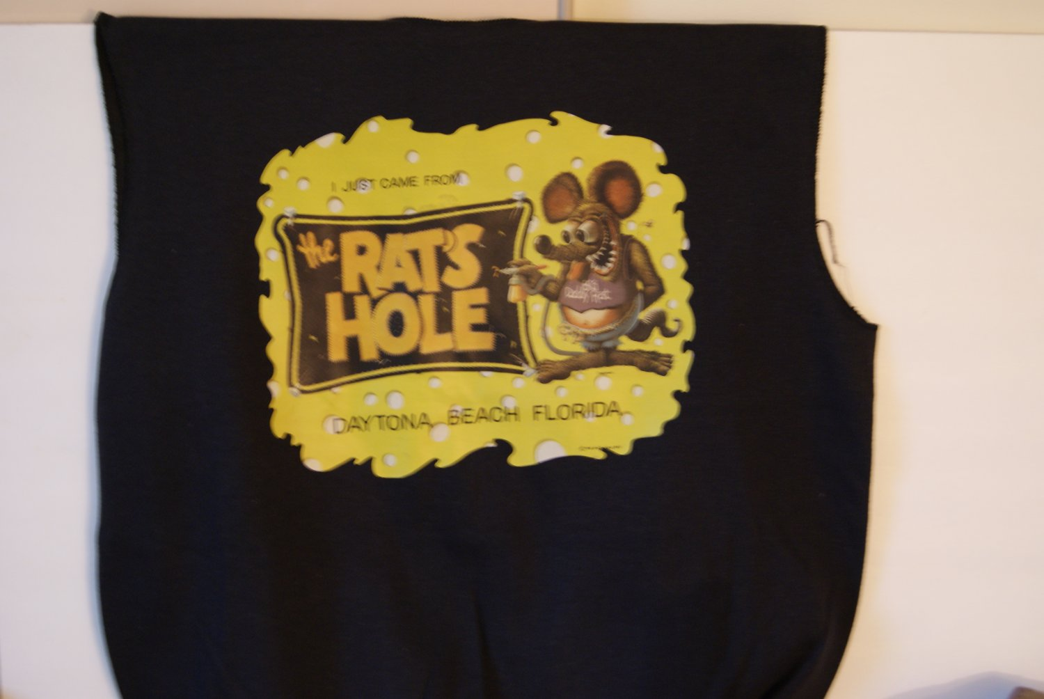 The Rat's Hole pullover