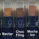 Avon Ultra Color Rich Renewable Lipstick Sample-Pretty!