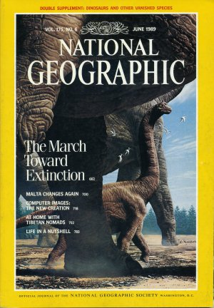 National Geographic June 1989-The March Toward Extinction + *Map*
