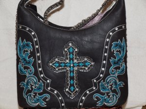 Turquois accented handbag