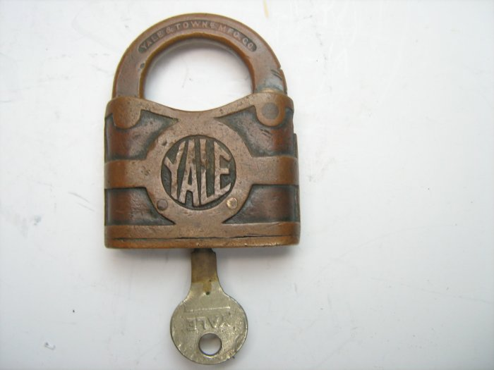 Antique Vintage YALE Brass Padlock & Key