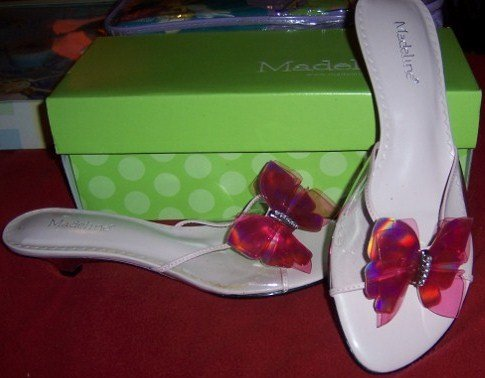 Butterfly Sandals Pink Woman Size 7 NEW Madeline
