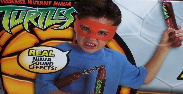 Teenage Mutant Ninja Turtles Electronic FX Nunchakus
