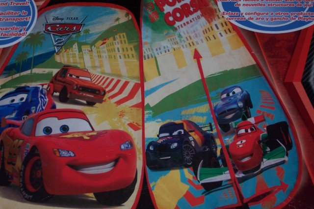 Playhut Portable Disney Cars Tent with Lightning McQueen