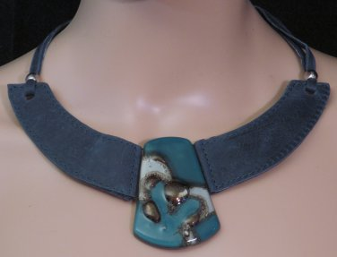 BRAND NEW Handmade Blue Buenos Aires Leather Choker #0584
