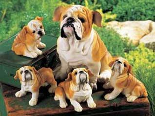 Bulldog Family Mom & 4 Puppies Dog Polyresin Animal Set