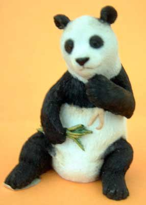 Country Artists Panda Bear Wildlife Animal Collectible